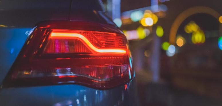 Światła samochodowe – jak używać?