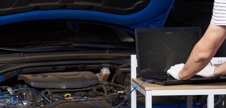 Chip tuning samochodu – jak bezpiecznie go przeprowadzić